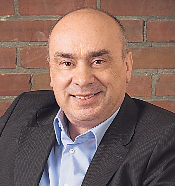 Dr. Michael Arnold, Geschäftsführer PEER Group